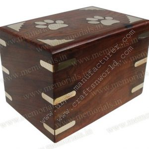 Shisham Wood Single Piece Urn Box With Lid Opening