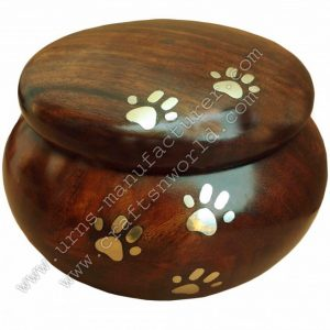 Wooden Odyssey Urn With Brass Paw And Brass Inlay