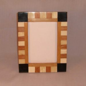 Wooden Photo Frames, many sizes of frames